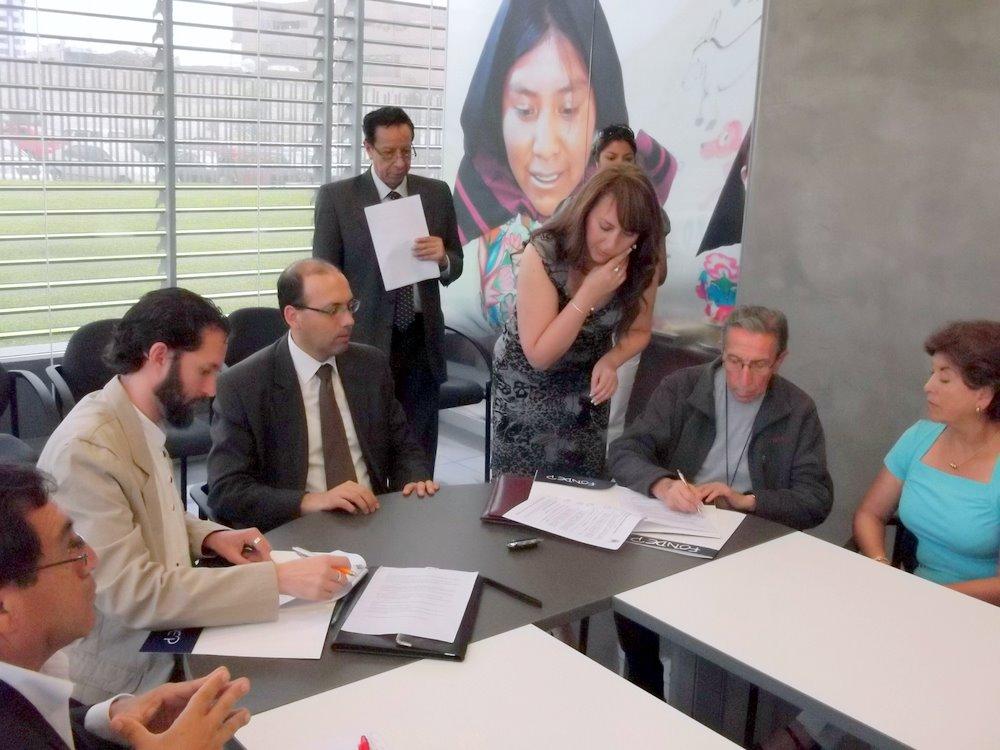 FONDEP firma convenio de cooperación con Intervida y CODEHICA, el cual busca la mejora de los aprendizajes en las escuelas de Chincha